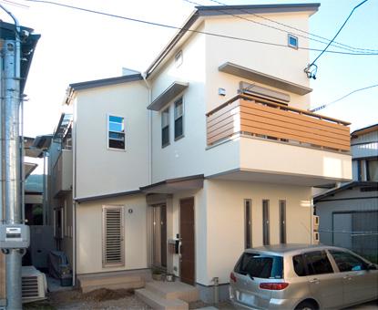 自然素材と無垢材にこだわった住宅